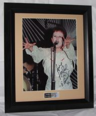 A385HO HAZEL O'CONNOR SIGNED